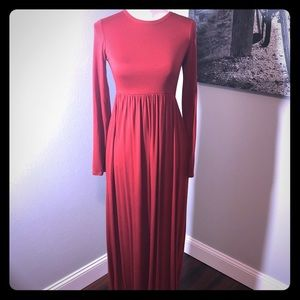 Long Sleeves Red Maxi Dress